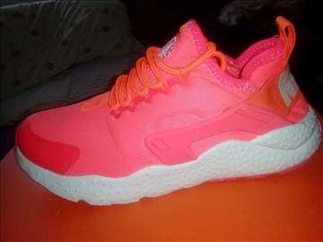 """""""Nove"""" Nike Huarache"""