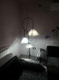 Podna lampa Stasa trokraka 195cm