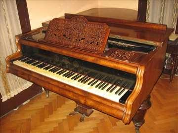 Prodajem antik becki Polukoncertni klavir