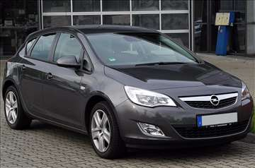 Šoferšajbna - Opel Astra