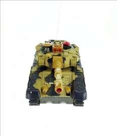RC tenk guseničar na daljinsko upravljanje