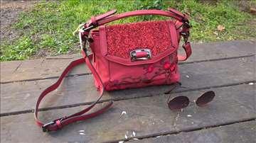 Ručno dorađena nova torbica - Red-1