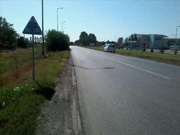 plac na glavnom putu kod Univerexporta u B.Palanci