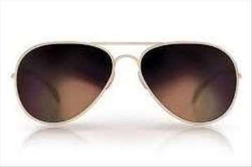 Kamera u naočarima za sunce