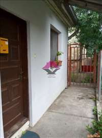 Surčin, 25m2, prizemlje sa dvorištem ID#1027