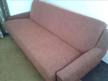 Kauč na prodaju