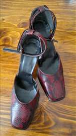 Bordo crne sandale