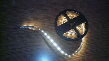 LED traka toplo bela, 5 metara, 12v - NOVO