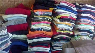Polovna odeća oko 500 komada