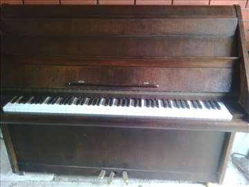 Prodajem pianino