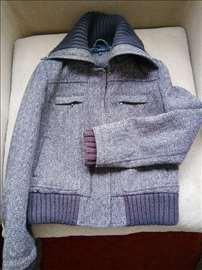 Ženska vunena jakna marke Zara