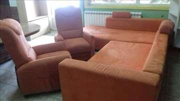 Garnitura sa dve fotelje