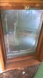 Drveni krovni prozor Djuro Salaj
