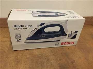 Nova, nekorišćena pegla Bosch 2200W