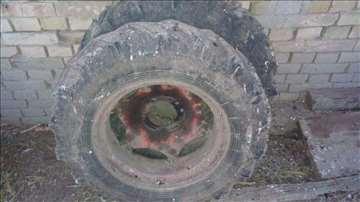 Prednje gume za Belorusa