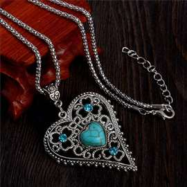 SRCE - ogrlica sa tirkizom, antičko srebro!
