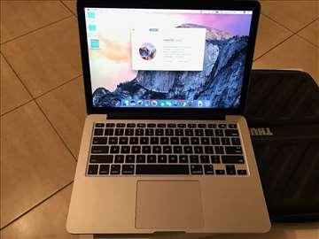 MacBook Pro 13 inch (Early 2015) sa Thule zaštitno