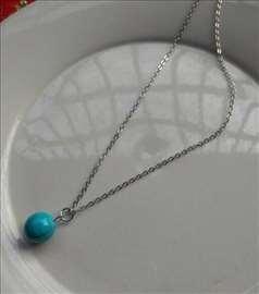 Srebrna ogrlica sa kugla priveskom od TIRKIZA