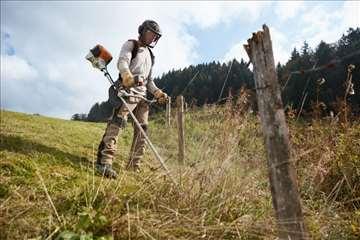 Uslužno košenje trave trimerom. Novi Sad i okolina
