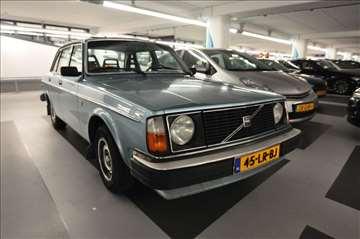 Volvo 244 originalni polovni delovi