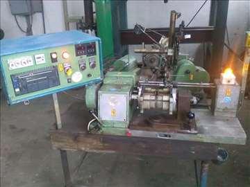 Mašina za viklovanje motora