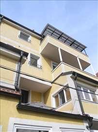 KVALITETAN stan u centru Zemuna, 52m2