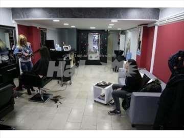 kompletno opremljen frizerski salon