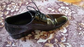 Muške lakovane cipele