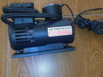 Kompresor 12v mobilni