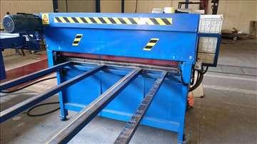 Mašina za sečenje ravnih limova