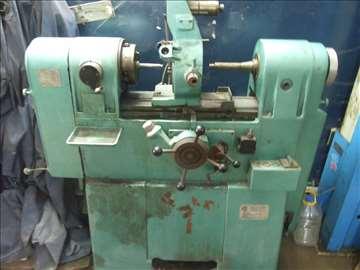 Mašina za obradu klipnjače motora