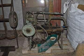 Mašina za sečenje metala