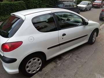 Peugeot 206  (citaj opis)