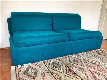 Sofa dvosed širine troseda