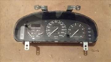 Mazda 323f instrument tabla