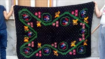 Etno ćilim-prekrivač