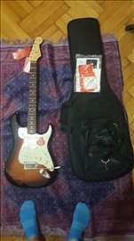 Fender Stratocaster - Classic Player 60's (novo!)