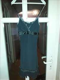 Predivna haljina za maturu ili ostslo