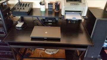 Radni/kompijuterski sto