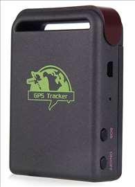 GPS lokator traker za pracenje vozila  auta