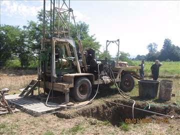 Mašina za bušenje bunara za vodu Janez 600