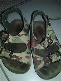 Grubin sandalice 28