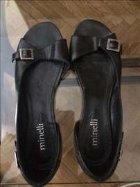 Crni baletanke Minelli