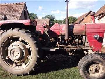 Prodajem/menjam traktor IMT-585