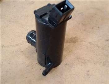 Pumpa za pranje vetrobranskog stakla Ford Fiesta