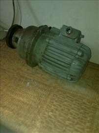 Trofazni Motor sa kuplungom Elektrokovina