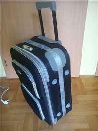Kofer na prodaju
