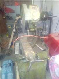 masina za secenje cevi