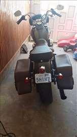 Harley - Davidson Dyna street bob