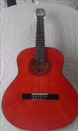 Prodajem klasičnu gitaru